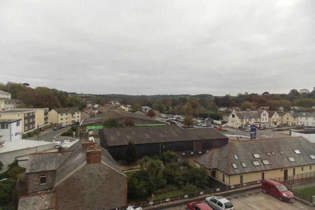 Thumbnail Flat to rent in Bridge Road, St Austell, Cornwall