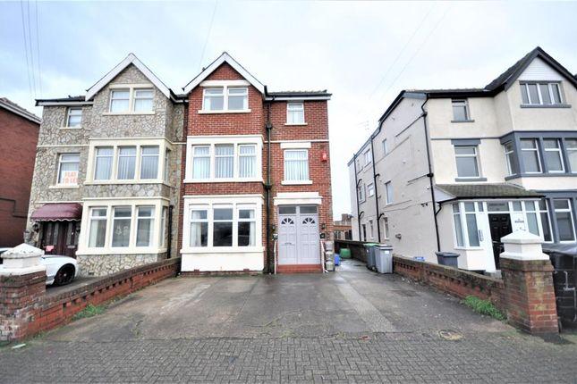 Thumbnail Flat to rent in Tudor Place, Blackpool, Lancashire