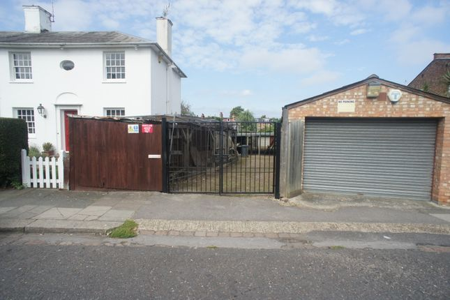 Land to let in Hampden Road, London