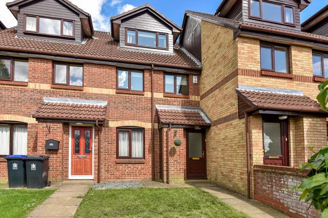 2 bed maisonette for sale in Maypole Road, Taplow