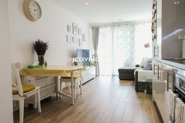 Thumbnail Flat to rent in Southmere, 1 Highland Street