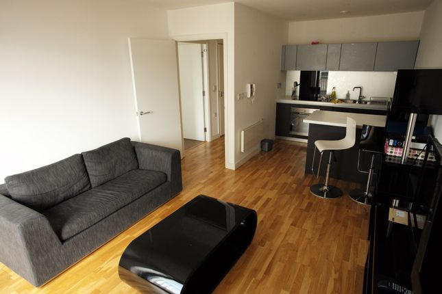 Thumbnail Flat to rent in Piccadilly Place, Manchester