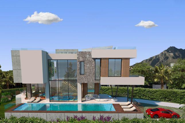 Thumbnail Villa for sale in Casablanca, Marbella Golden Mile, Marbella