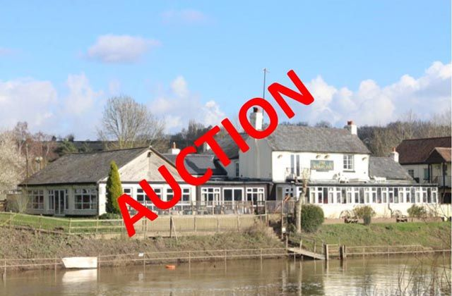 Thumbnail Pub/bar for sale in Holt Heath, Worcester