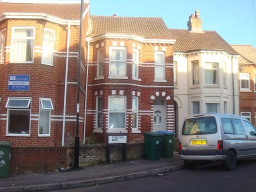 Thumbnail Terraced house to rent in Tennyson Road, Southampton