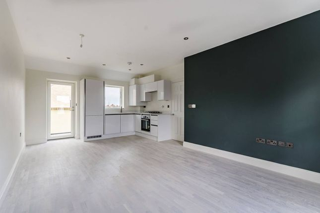Thumbnail Flat for sale in Provenance House, Colliers Wood