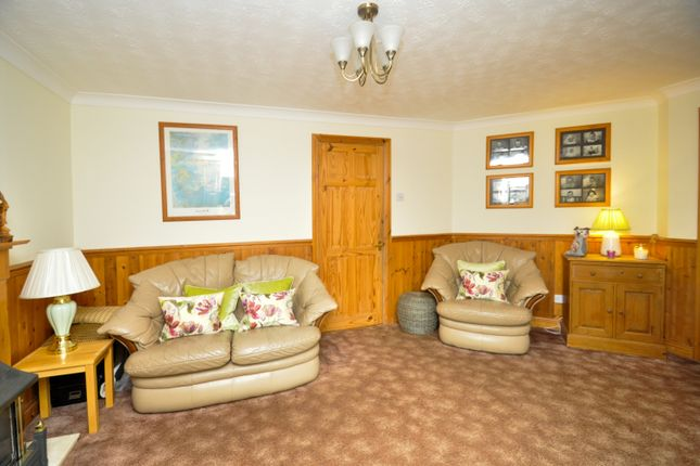 Living Room of Forsythia Close, Bicester OX26