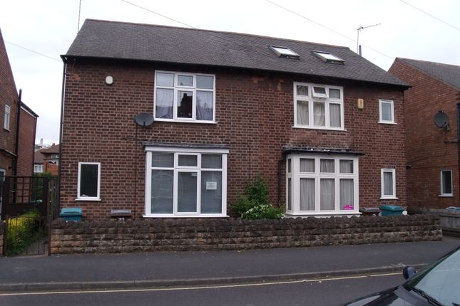 Thumbnail Shared accommodation to rent in Ednaston Road, Dunkirk