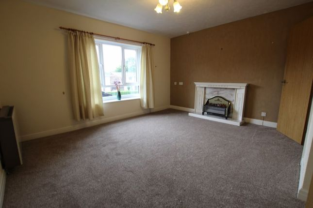 Photo 8 of Braeside, Urmston Lane, Stretford M32
