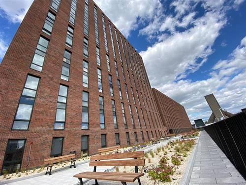 1 bed flat to rent in Jesse Hartley Way, Liverpool L3