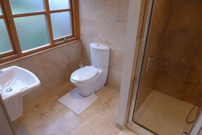 Shower Room of Broadpool Lane, Hambleton, Poulton-Le-Fylde FY6