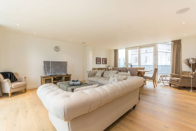 Thumbnail Flat for sale in Devan Grove, Manor House