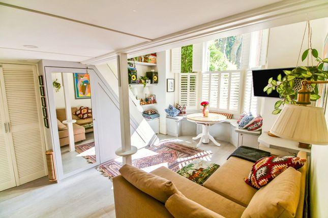 1 bed flat for sale in Brondesbury Villas, Queen's Park NW6