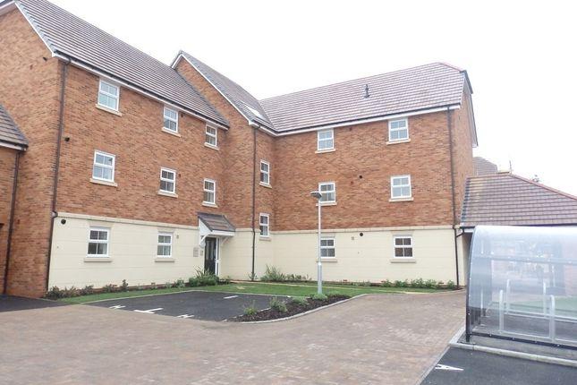 Thumbnail Flat to rent in Old Wardour Way, Newbury