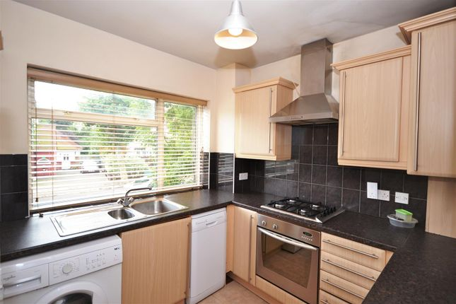 2 bed maisonette to rent in Langley Park, Mill Hill