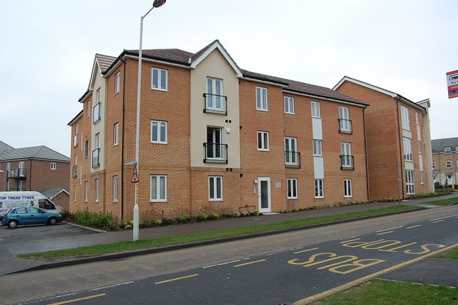 Thumbnail Flat to rent in Thistle Hill Way, Minster On Sea, Sheerness, Kent
