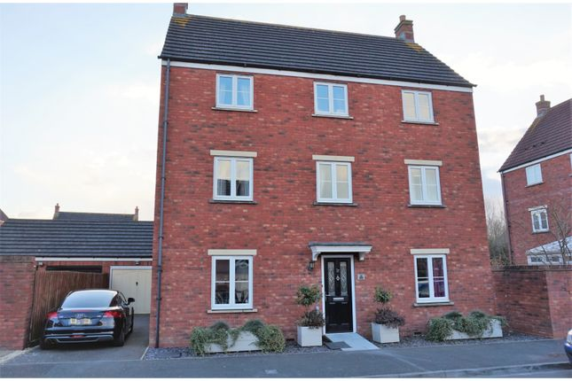 Thumbnail Detached house for sale in Park Road, Melksham