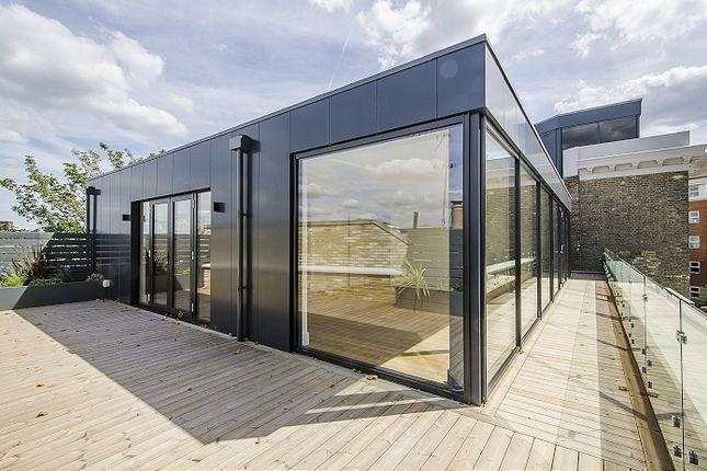 Thumbnail Flat to rent in Dyers Lane, London