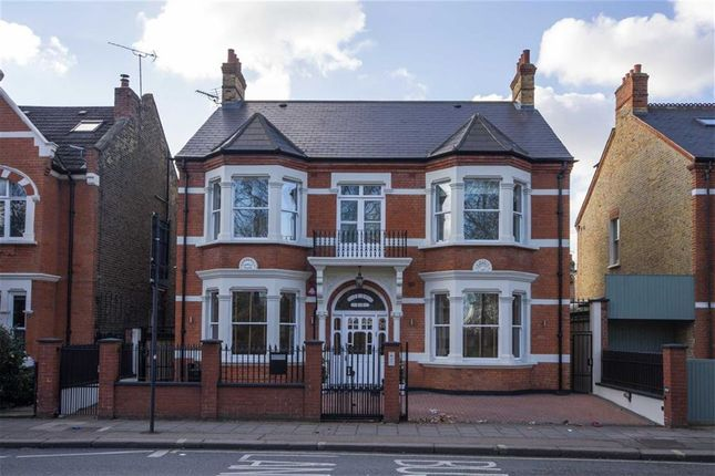 Thumbnail Property to rent in Fulham Palace Road, London