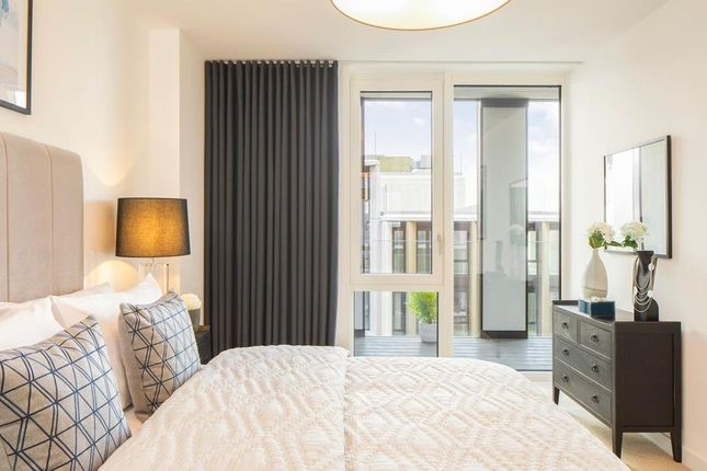 """Bedroom of """"Iris Apartments"""" at Bittacy Hill, London NW7"""