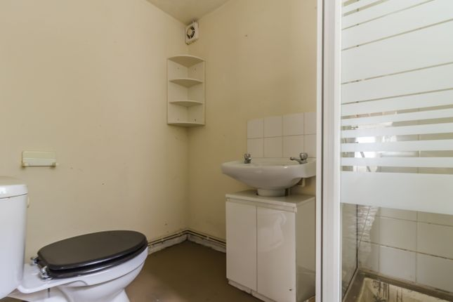 Shower Room of Sion Street, Pontypridd CF37