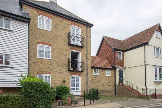 Thumbnail Flat to rent in Stour Court, Sandwich
