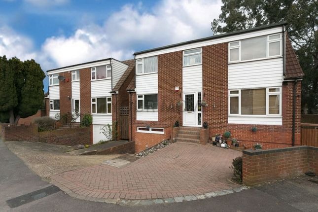 Thumbnail Detached house for sale in Arabia Close, Chingford, London