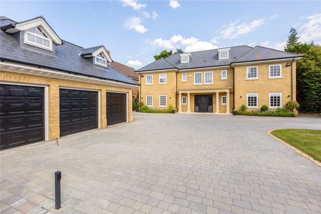 Thumbnail Detached house to rent in Windsor Road, Gerrards Cross, Buckinghamshire
