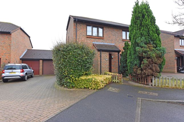 Thumbnail Semi-detached house to rent in Caesars Gate, Warfield, Bracknell