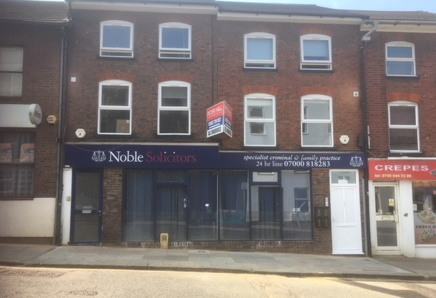 Office to let in 52 Alma Street, Luton