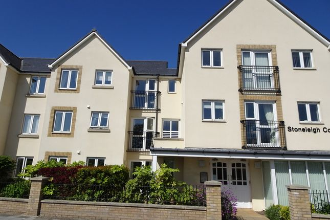 Thumbnail Flat for sale in Stoneleigh Court, Porthcawl