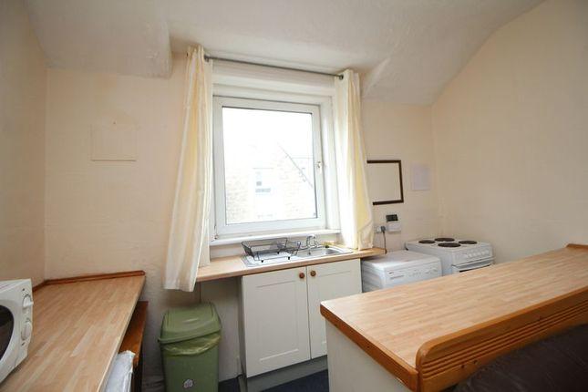 Kitchen Area of Somerville Street, Burntisland KY3
