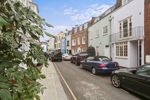 Thumbnail Property to rent in Godfrey Street, London