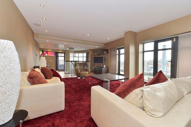 3 bed flat for sale in North Row, Mayfair