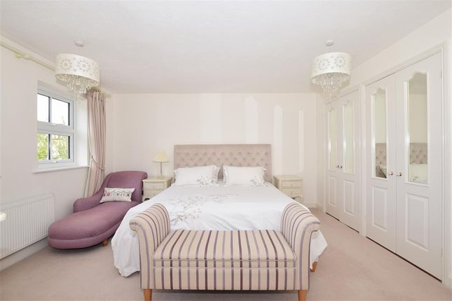 Bedroom 1 of The Haydens, Tonbridge, Kent TN9
