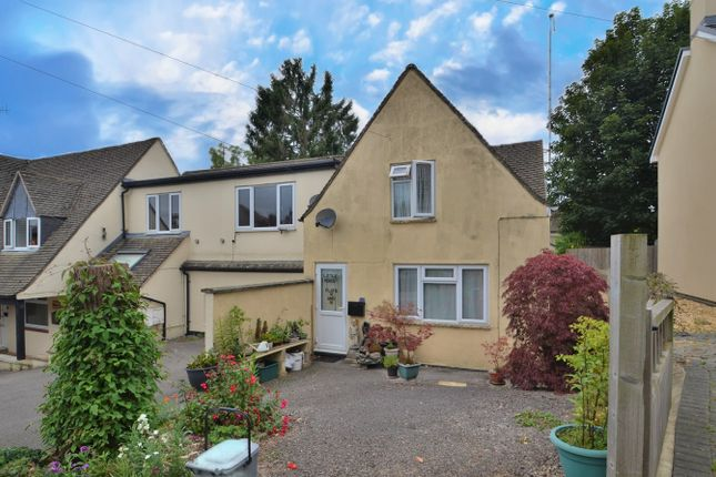 2 bed flat for sale in Park Road, Stroud GL5