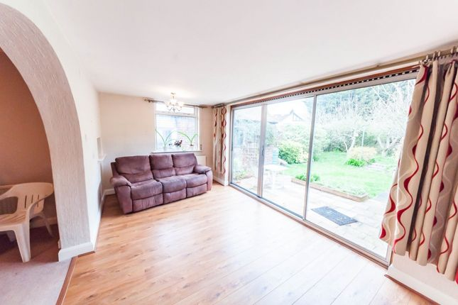 Thumbnail Bungalow to rent in Rushden Gardens, Ilford