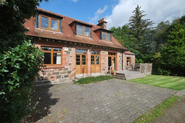 Thumbnail Flat to rent in Comrie, Crieff