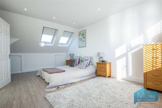 Picture No. 04 of Monks Avenue, New Barnet, London EN5
