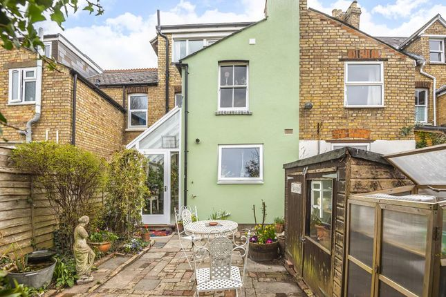 Thumbnail Terraced house for sale in Grandpont, Oxford