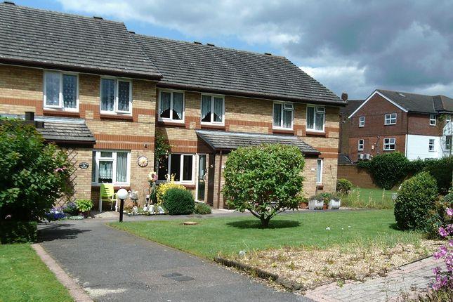 Thumbnail Flat for sale in Auriol Drive, Hillingdon, Uxbridge