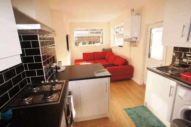 Thumbnail Terraced house to rent in Alfred Street, Roath, Cardiff