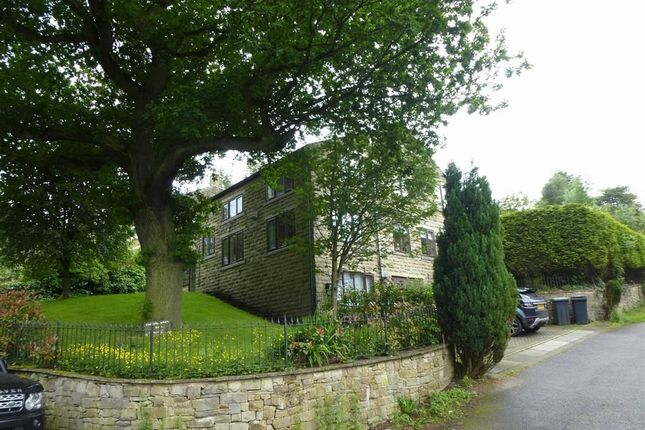 Thumbnail Detached house to rent in Chunal Lane, Glossop, Derbyshire