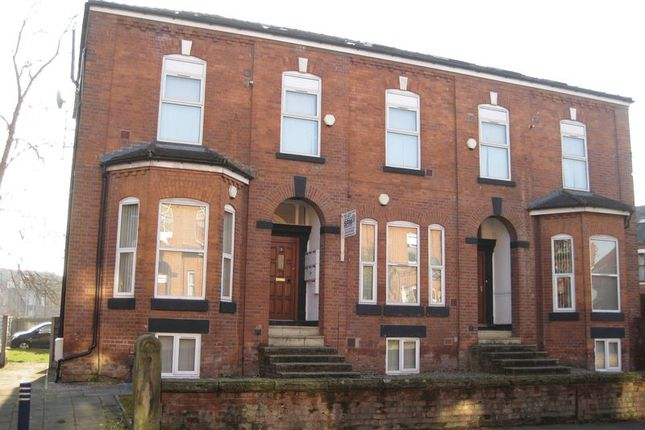 1 bed flat to rent in Mauldeth Road West, Withington, Manchester