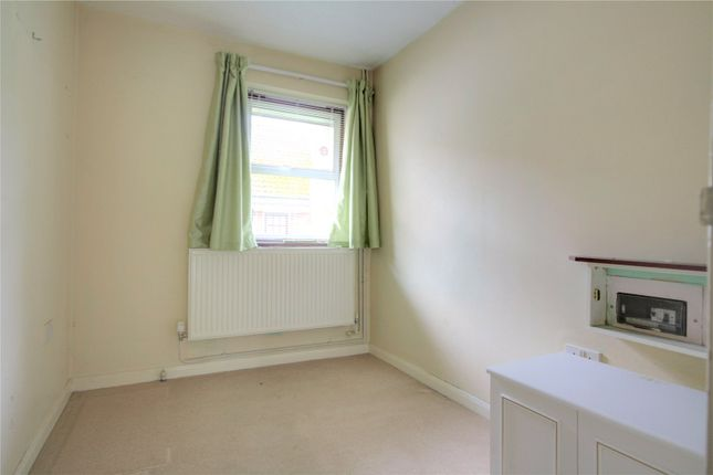 Picture No. 07 of Windsor Court, 11 Tilehurst Road, Reading, Berkshire RG1