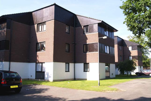 Studio for sale in Camelot Court, Ifield, Crawley RH11