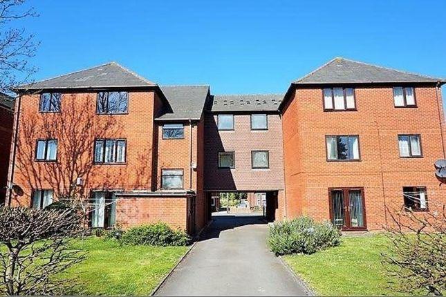 Thumbnail Flat to rent in Windsor Court 84 Bullar Road, Southampton