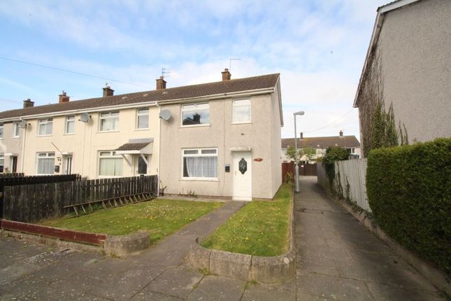 Thumbnail Terraced house for sale in Canberra Gardens, Newtownards