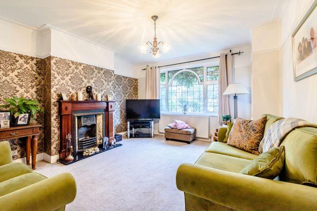Lounge of Furham Feild, Pinner HA5