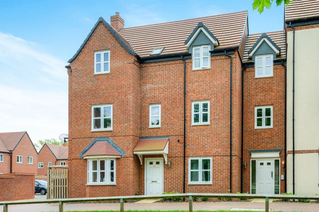 Thumbnail Flat for sale in Chatham Road, Meon Vale, Stratford-Upon-Avon